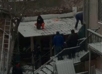 В историческом центре Одессы демонтировали нахалстрой (видео)