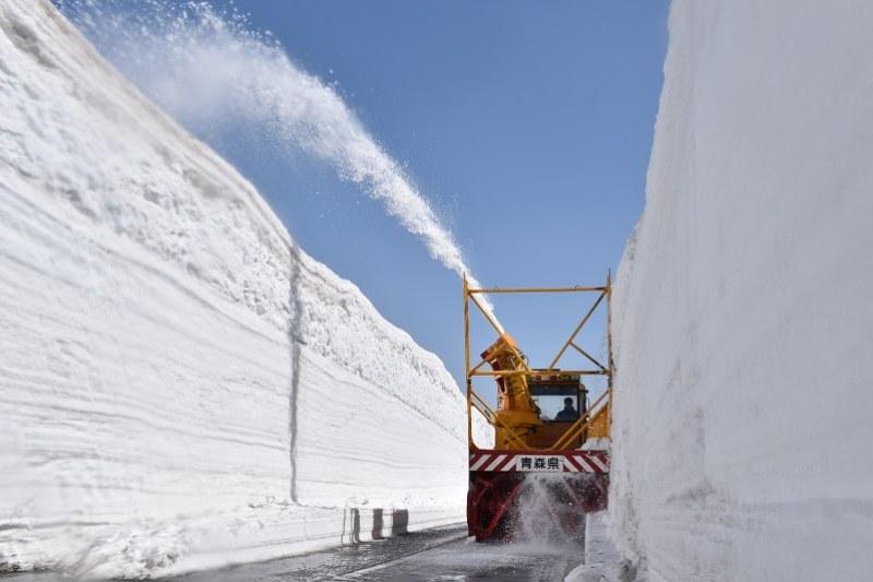 снежный тоннель в Японии
