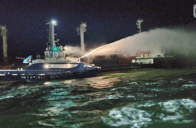 В Черном море под Одессой горел сухогруз