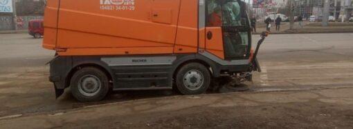Как в Одессе убирают песок с дорог и есть ли альтернатива