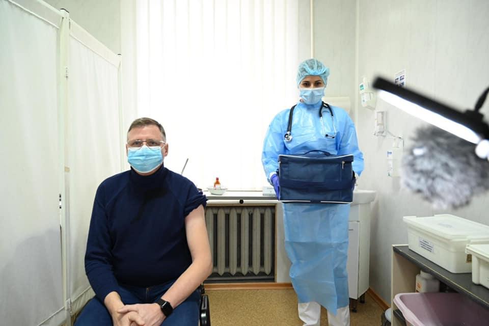 кто первый получил ковид-прививку в Одессе