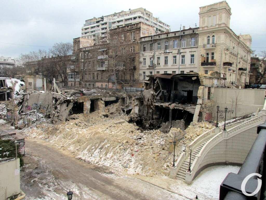 рухнувший дом на Деволановском спуске