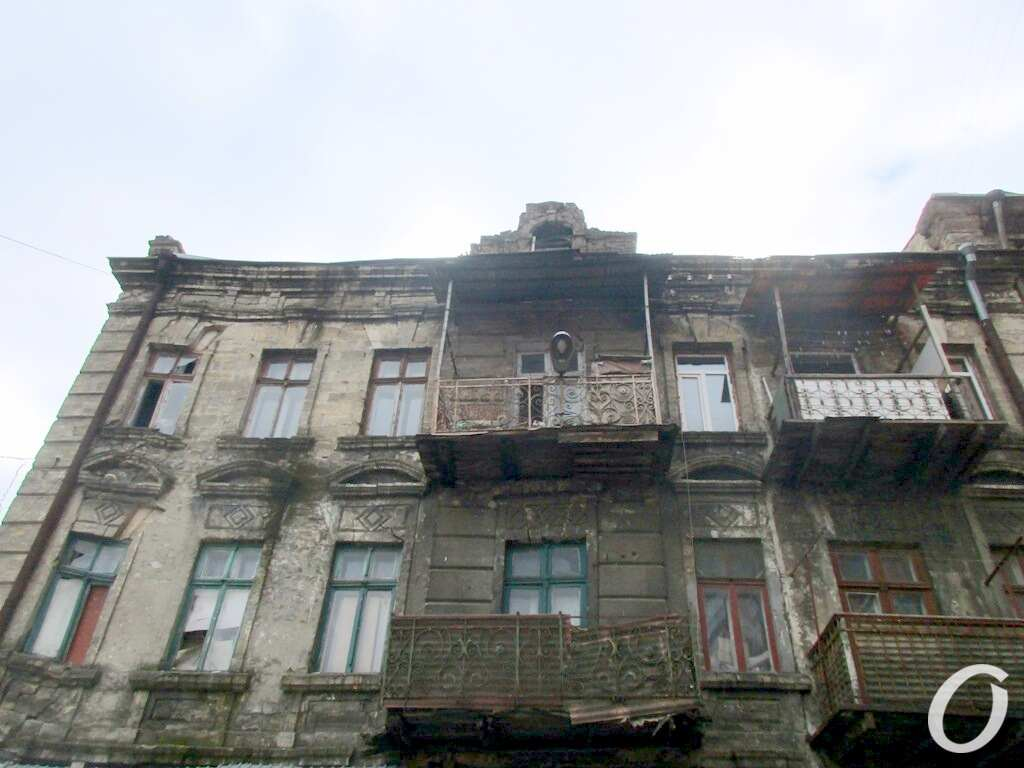 аварийный одесский дом, фасад