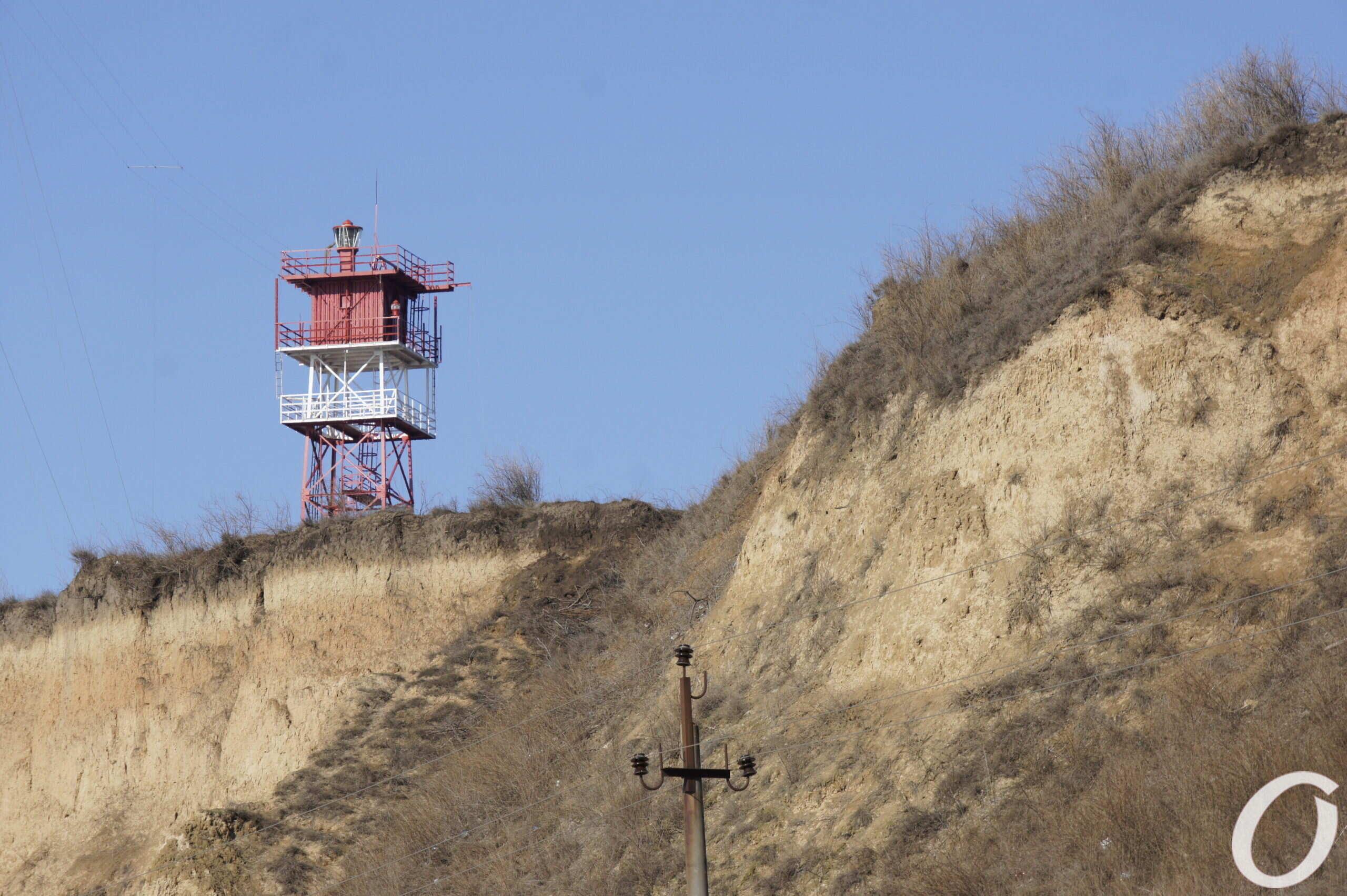 мыс Большой Фонтан, склон и маяк