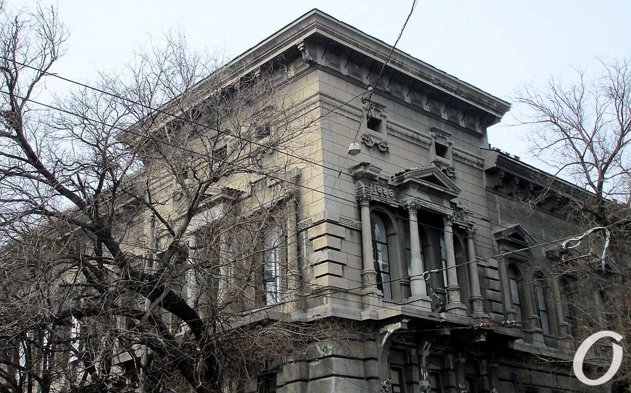 здание Ломбарда2