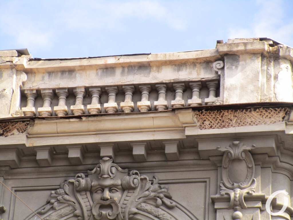 дом Гальперсона, обрушился фасад