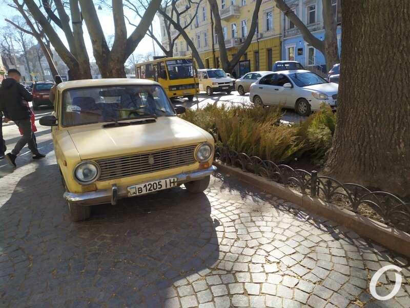 парковка, Пушкинская4