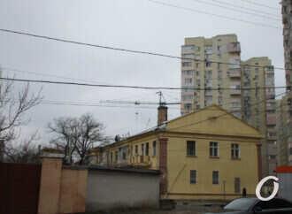 Одесская Пишоновская: старгород с архитектурным «винегретом», покрышечные цветники и вечная ностальгия (фоторепортаж)