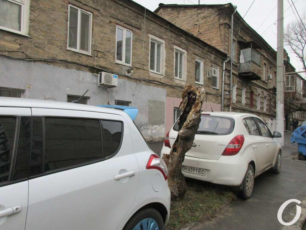 Пишоновская, машины
