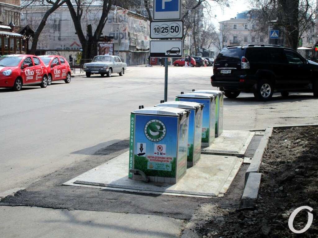 Улица Гаванная, мусор