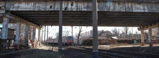 Мост устал: Ивановский путепровод в Одессе признали непригодным для использования