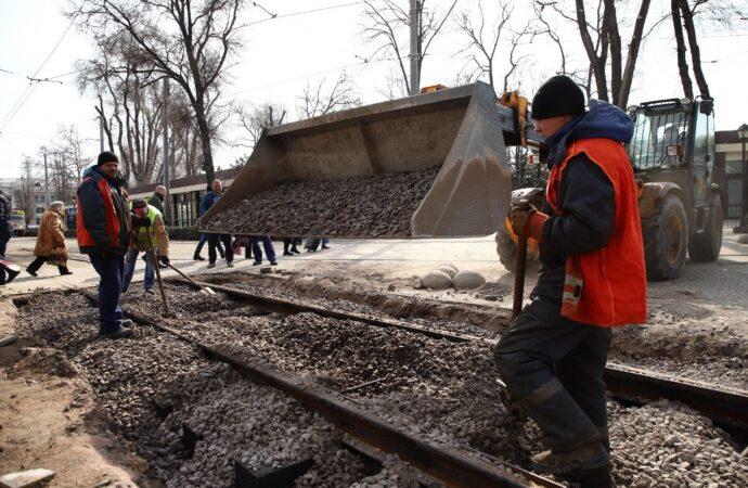 Когда откроют проезд по улице Водопроводной в центре Одессы? (видео)