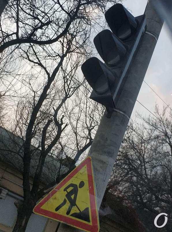 дорожные работы, светофор