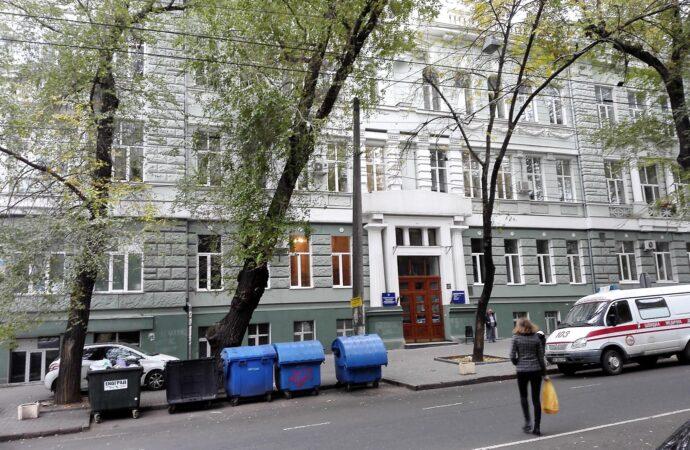 В историческом здании больницы №5 на Троицкой в Одессе проведут ремонт и реставрацию