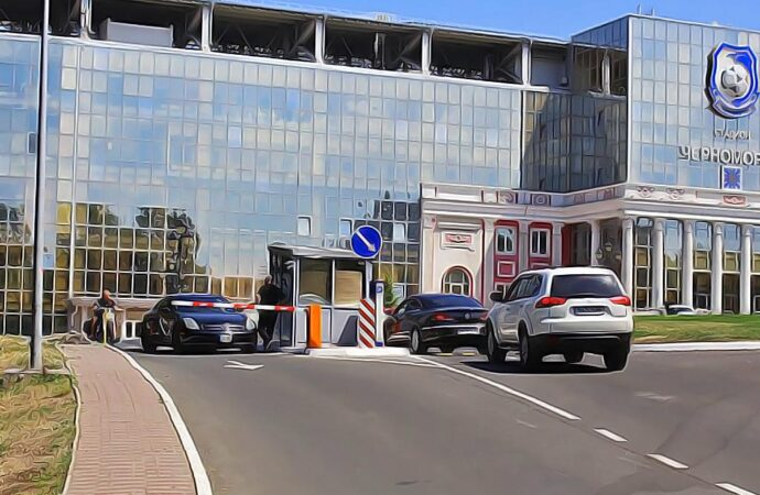 Парковку у стадиона «Черноморец» сделали платной