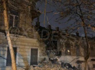 Дом на Нежинской в центре Одессы мог рухнуть из-за ремонта