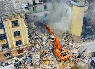 В Одессе застройщик снес здание, построенное в уникальном стиле (фото, видео)