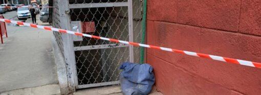 Труп около школы в Одессе: полиция задержала подозреваемого в убийстве 83-летней женщины (видео)