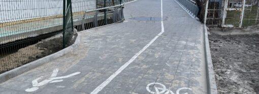В Одессе «подлечили» просевшую велоэстакаду на 10-й станции Фонтана (фото)