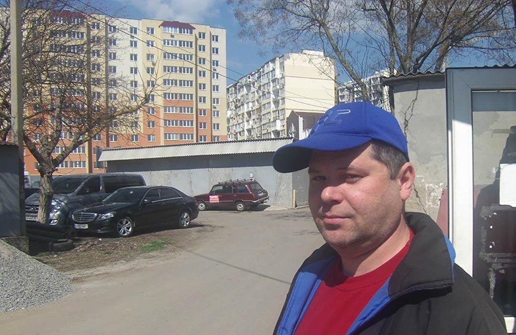 Андрей гаражи высотки