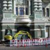 Рядом с одесским домом Руссова – снова ограждение и техника (фото)
