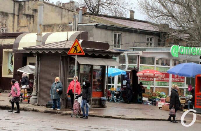 Бурлящий квартал у одесского Привоза: пока никаких ремонтных изменений (фото)