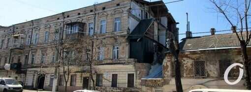 Рухнувший одесский дом на Нежинской собираются восстановить – за чей счет?