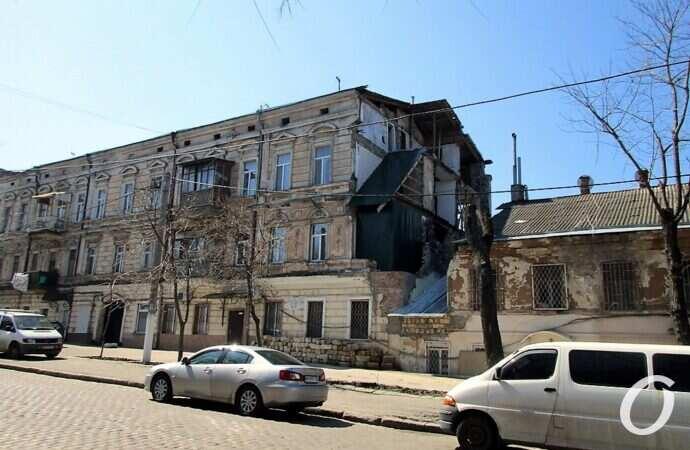 В Одессе будут доводить до ума два частично «грохнувших» дома – на Нежинской и на Конной