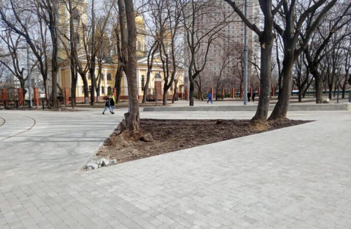 В Одессе подходит к финишу ремонт Алексеевского сквера на Молдаванке