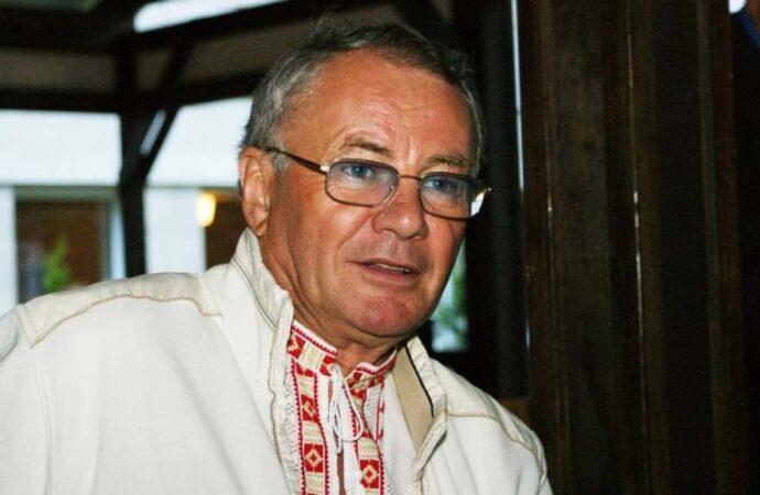 Умер знаменитый украинский писатель и нардеп Владимир Яворивский