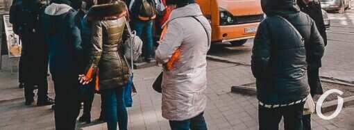 Мэр Одессы раздавал продуктовые наборы