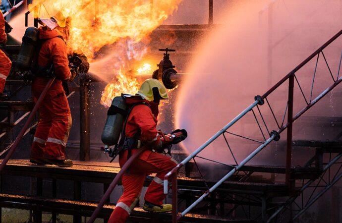 Пожары в Одессе остановят через суд: это правда?