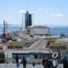 Одесский Морвокзал: «полуостров» с памятниками, пушкой и музеем давних якорей (фото)