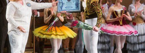 Солист Одесского театра установил Национальный рекорд