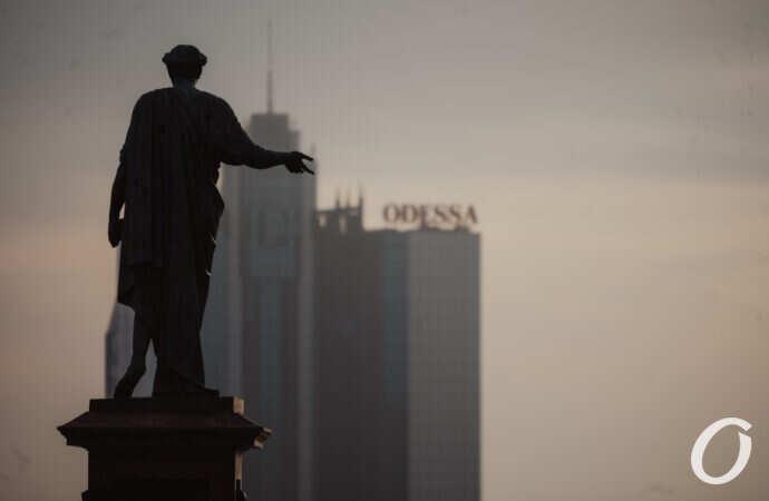 Как выглядит раннее майское утро в центре Одессы – фоторепортаж