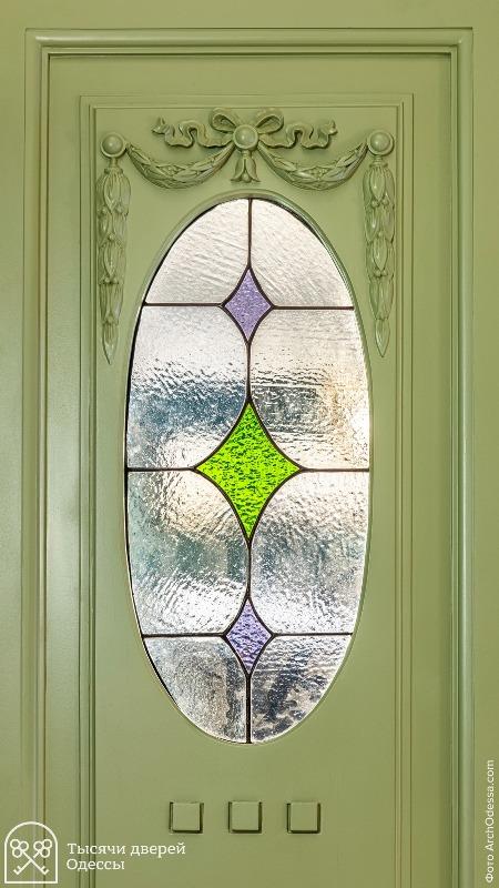 Двери после реставрации2