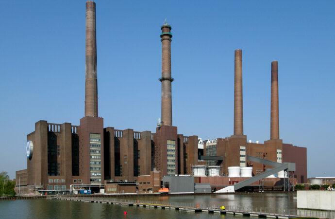 Этот день в истории: началось строительство первого завода «Фольксваген»