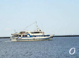 В Одессе стартовал сезон морских прогулок на катерах вдоль побережья (фото)