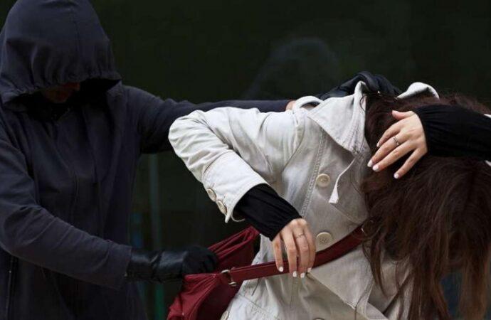 В Одессе парни с уголовным прошлым напали на девушку