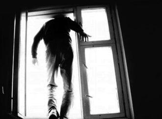 Страх заставил одессита выброситься в окно