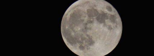 Ночью в небе над Одессой наблюдали редкое явление (видео)