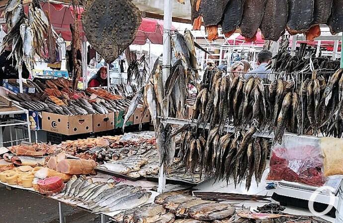 Камбала-судачок-дунаечка: что почем в «рыбном раю» на одесском Привозе (фото)
