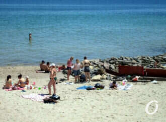 Вода на пляжах Одессы соответствует нормам – областной центр контроля