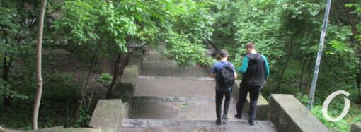 В Одессе будут капитально ремонтировать «атмосферную» Курсантскую лестницу (фото)