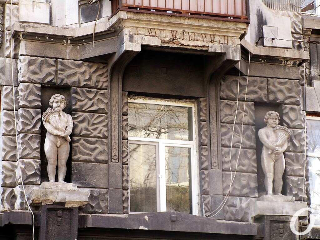 скульптуры в нишах8