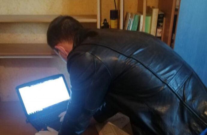 Полиция задержала в Одессе мужчину за развращение несовершеннолетней (фото и видео)