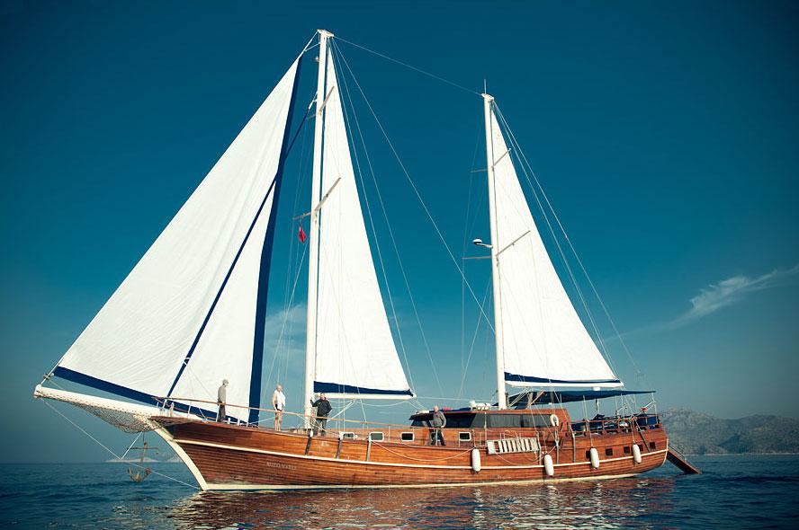 яхта royal maris