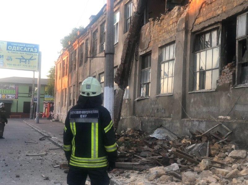 обрушение здания на Косвенной2