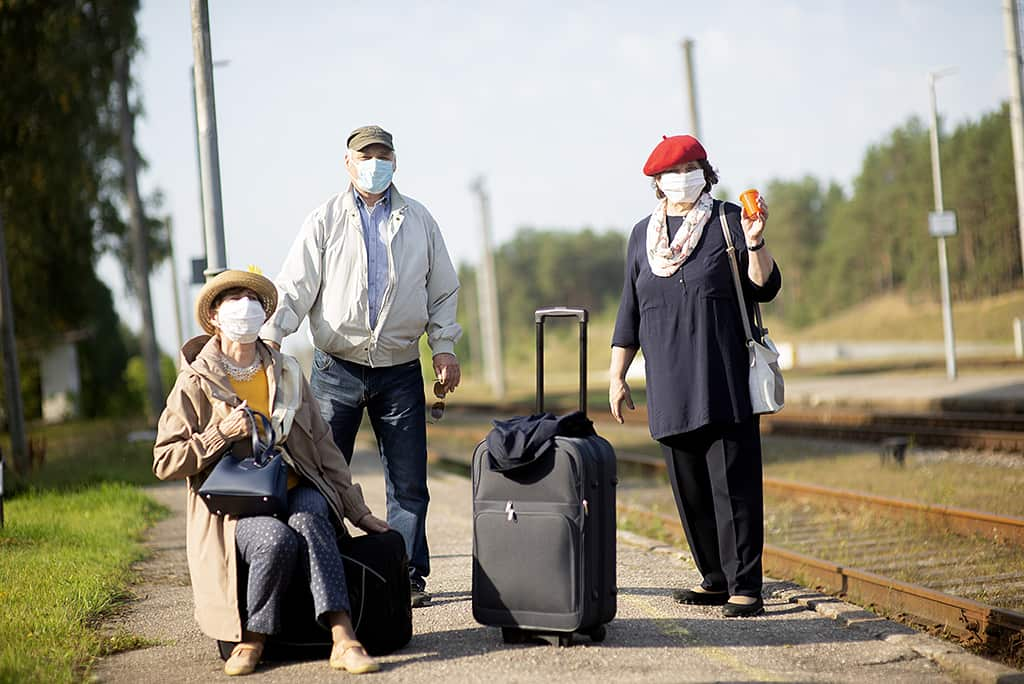 отпуск туризм маска
