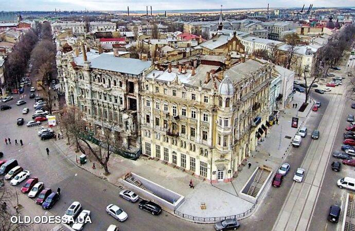 Замерший в ожидании: в Одессе снова ищут реставратора для дома Либмана